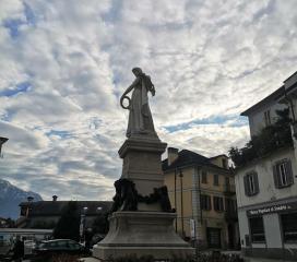 Monumento a Gian Giacomo Galletti